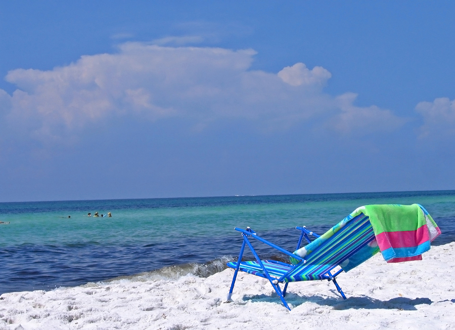 lounge chair ready for occupation on the florida beach